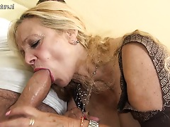 Horny German mature slut fucking and sucking on the bed